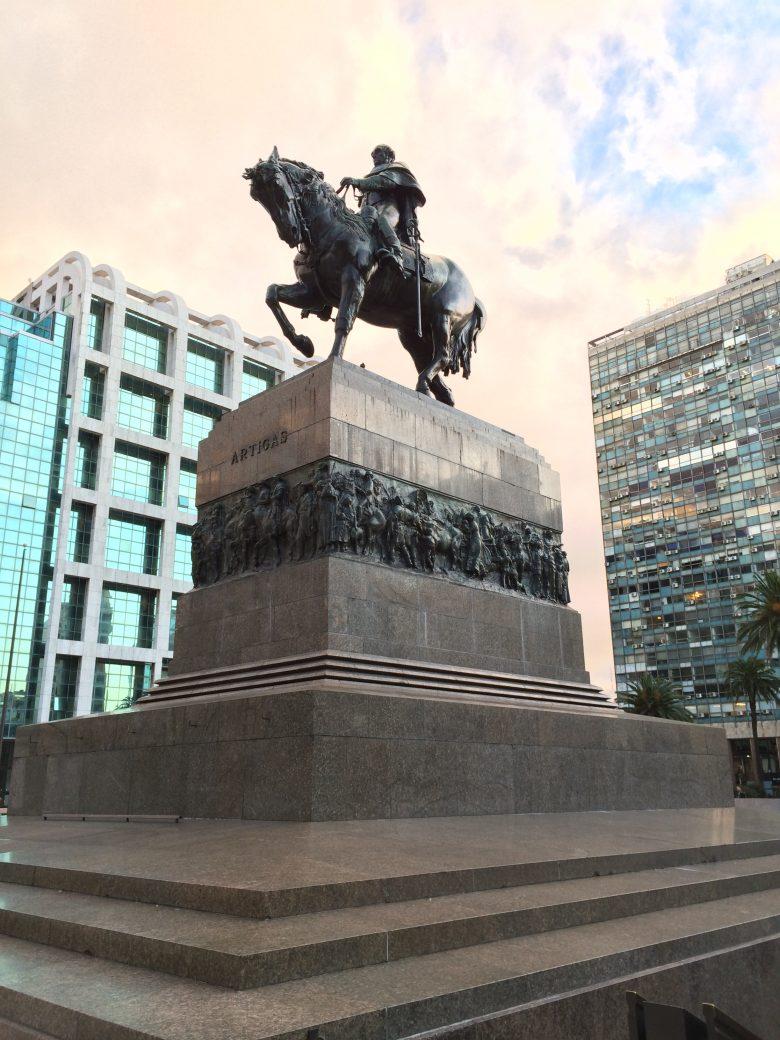 Plaza Independência - Montevideo/Uruguai