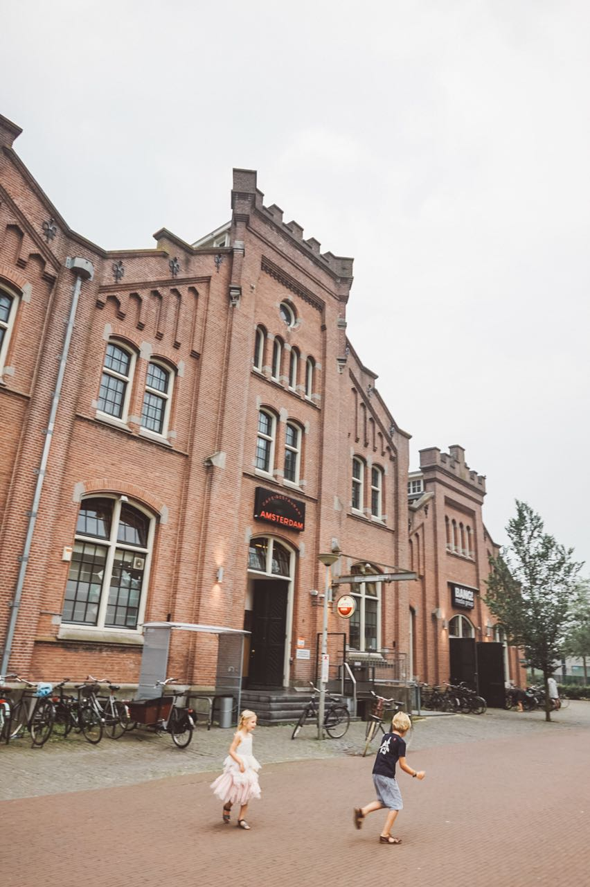 Fachada - Café Restaurante Amsterdam